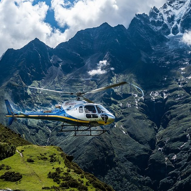 Pathivara Darshan by Helicopter